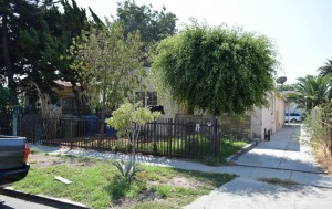 732 E 76th Place South LA 90001